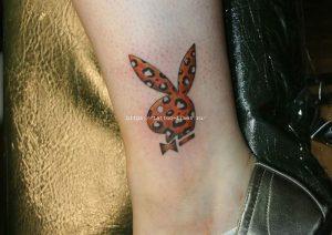 idei-dlya-tatuirovok - Татуировка зайчика из Плейбой: значение, эскизы и идеи -  - фото