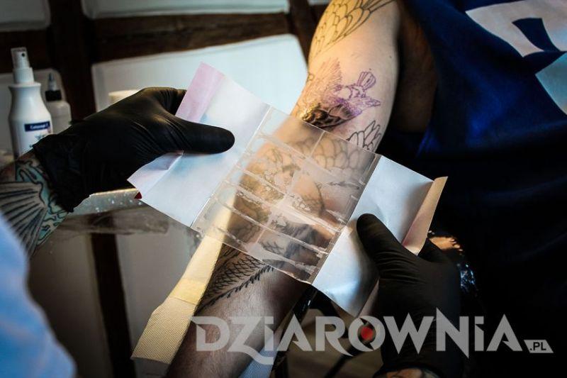 Choroby, które mogą pojawić się po tatuowaniu